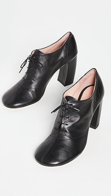Victoria Beckham Capri 系带高跟浅口鞋