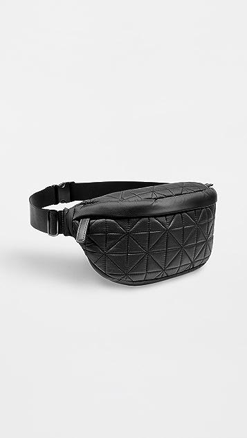 Vee Collective 绗缝腰包