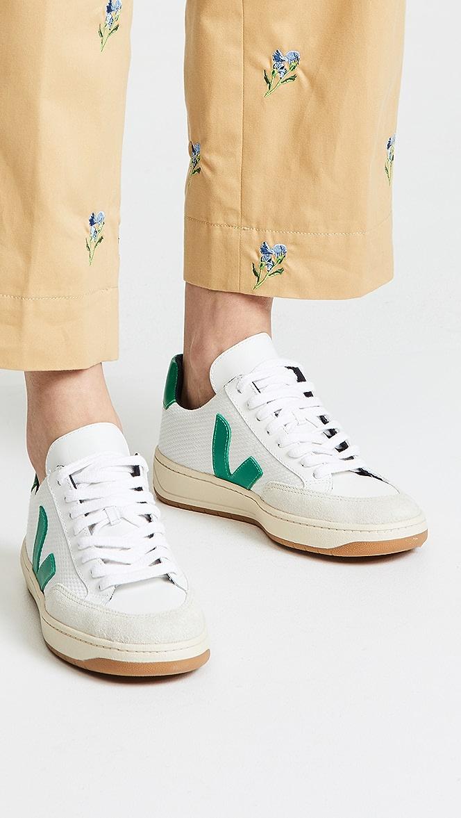 Veja Mens V-12 Leather Sneakers