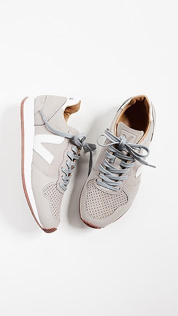 Veja Holiday Bastille Sneakers