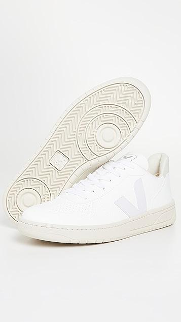 Veja V-10 CWL Sneakers