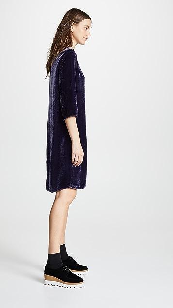 天鹅绒 Prunella 连衣裙