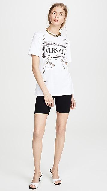Versace Футболка с логотипом в виде английской булавки
