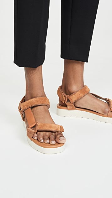 Vince Carver Sandals