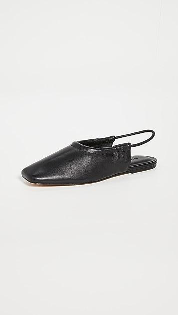 Vince Cadya 露跟鞋