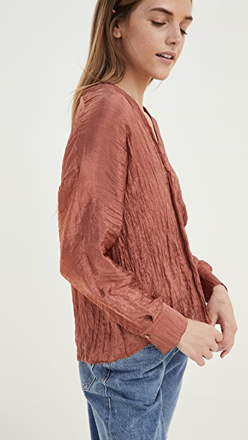 Vince Textured Double V Popover