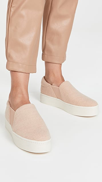 Vince Warren Fleece Sneakers