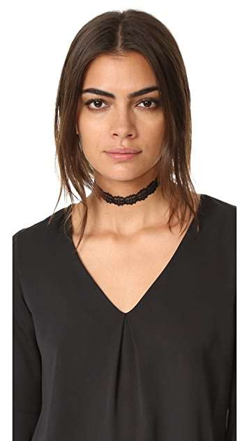 Vanessa Mooney The Beverly Choker Necklace
