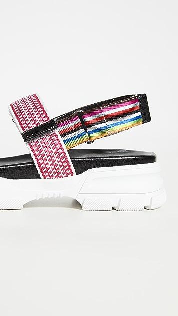 Villa Rouge Esco 凉鞋