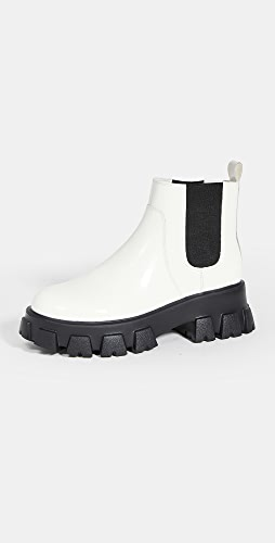 Villa Rouge - Packer Chelsea Boots
