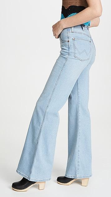 Wrangler Fly High 喇叭牛仔裤