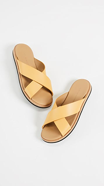 WANT Les Essentiels Kavala Crossover Flat Sandals