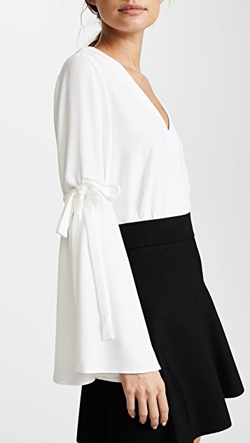 WAYF Quentin Bell Sleeve Top
