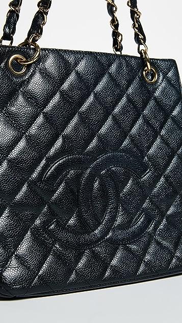 What Goes Around Comes Around Объемная сумка с короткими ручками PST от Chanel (бывшая в употреблении)