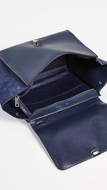What Goes Around Comes Around Темно-синяя сумка-трапеция Celine Drummed среднего размера