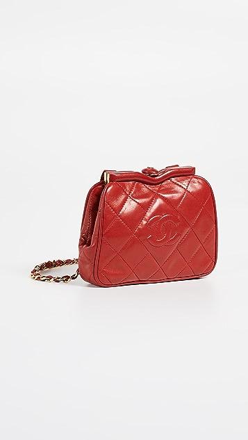 What Goes Around Comes Around Поясная сумка Chanel с буквами «СС»