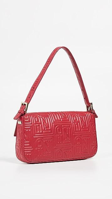 What Goes Around Comes Around Красная кожаная прямоугольная сумка Fendi