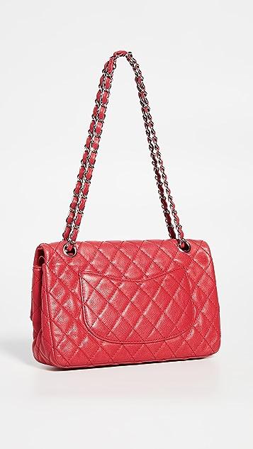 What Goes Around Comes Around Красная сумка Chanel 2.55 с текстурой икры диагональю 10дюймов