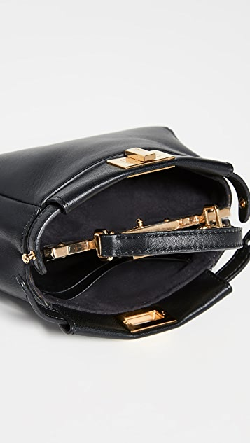 What Goes Around Comes Around Черная кожаная миниатюрная сумочка Peekaboo от Fendi