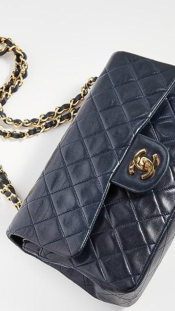 What Goes Around Comes Around Темно-синяя сумка на ремне 2.55 размером 9 дюймов от Chanel