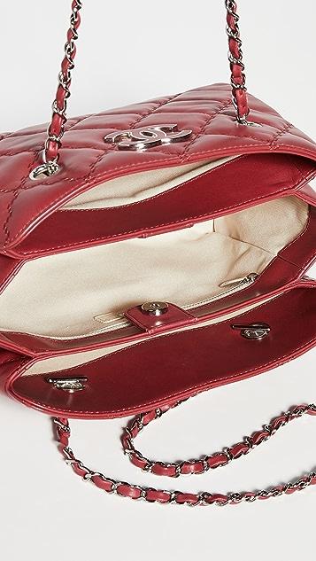 What Goes Around Comes Around Красная сумка-шоппер Chanel Hampton из кожи ягненка