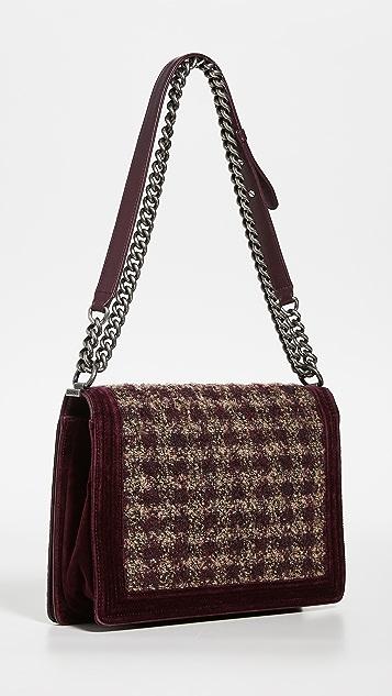What Goes Around Comes Around Бордовая твидовая сумка Chanel Boy