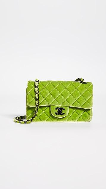 What Goes Around Comes Around Маленькая зеленая бархатная сумка через плечо Chanel с клапаном на половину длины