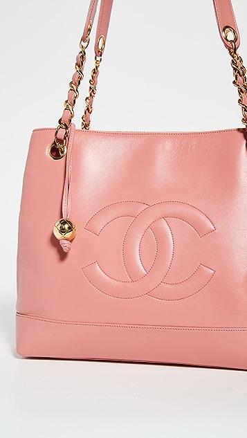 What Goes Around Comes Around Chanel 粉色羊羔皮托特包