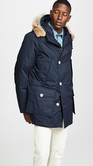 Woolrich John Rich & Bros. Laminated Cotton Parka Coat with Fur Trim