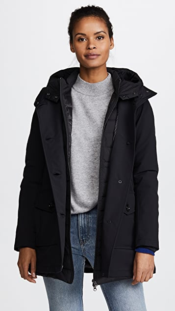 canada goose parka vs woolrich