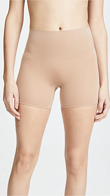 Yummie Seamlessly Shaped Ultralight Nylon Shorts