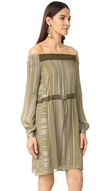 ZEUS+DIONE Leto Off the Shoulder Dress