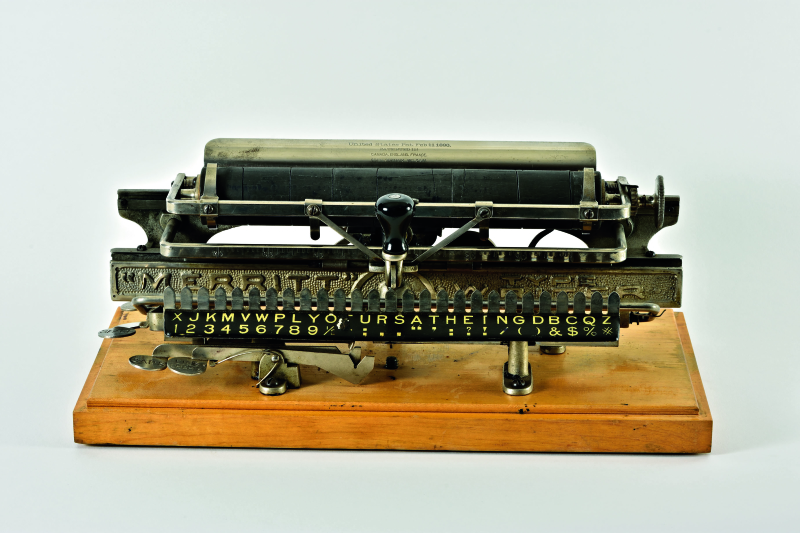 Typewriters_Merritt Type Writer
