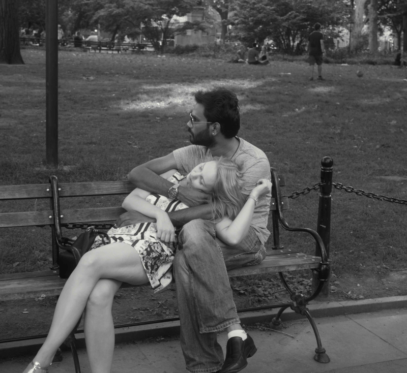 1-Lovers in the Park_Bill Hayes