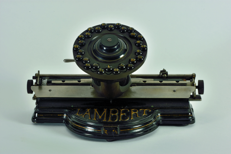 Typewriters_Lambert