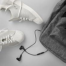 wireless headphones, bluetooth earbuds