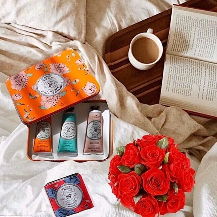 Must-Have Luxury Collection by La Chatelaine