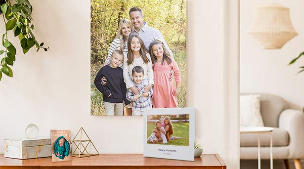 Holiday gift solutions from Amazon Photos