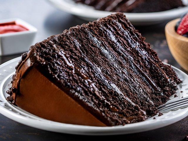 Pf chang s chocolate cake calories