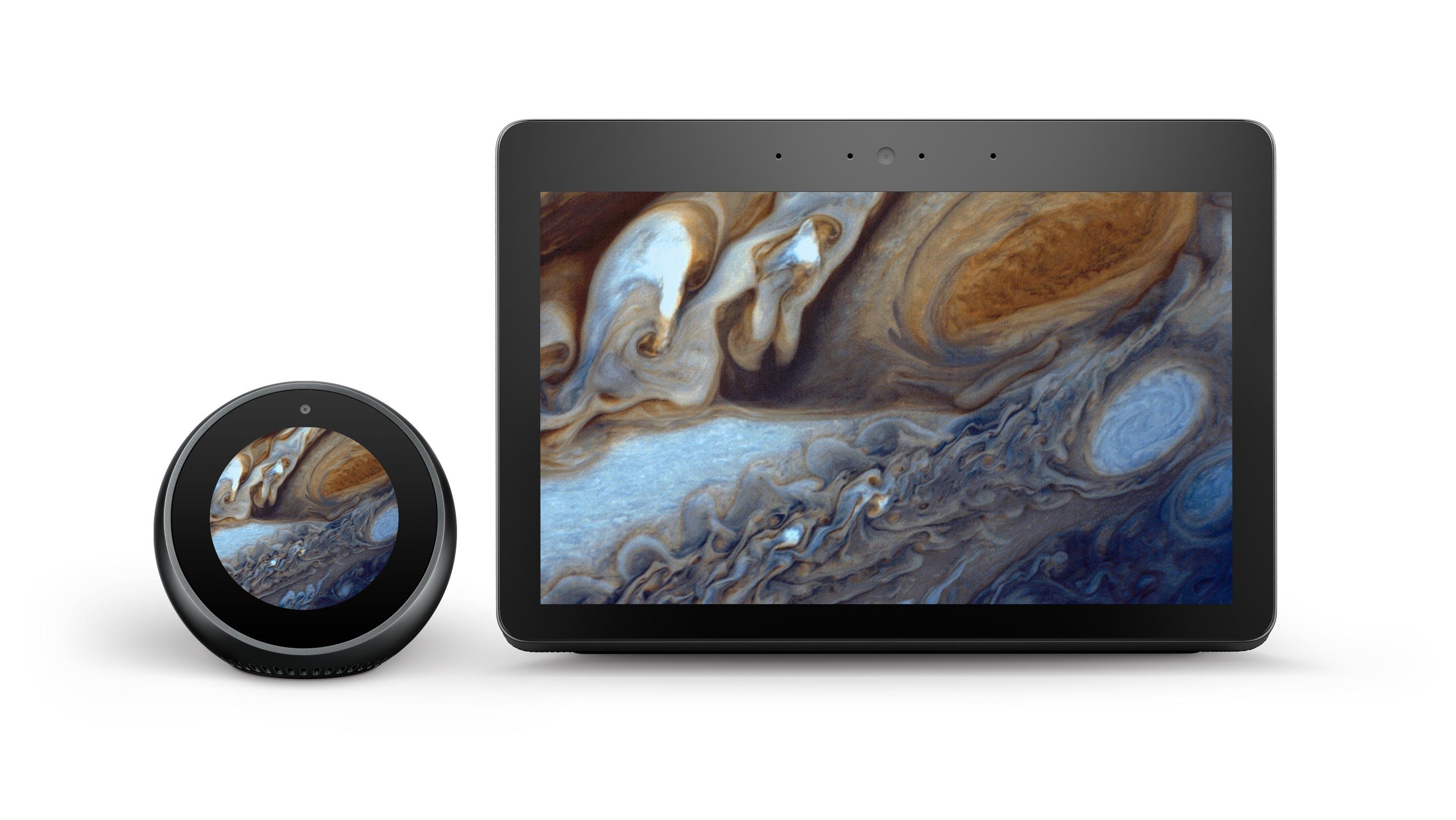 2台のハブデバイスでNASAの木星の画像を表示した例です。画面上にテキストなどのほかの要素はありません。