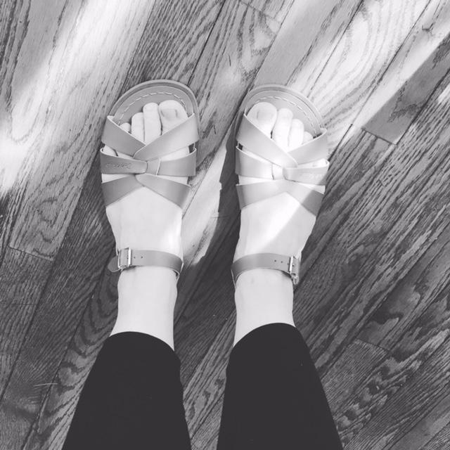 aeb41447af67 Salt Water Sandal by Hoy Shoes The Original Sandal (Big Kid Adult ...