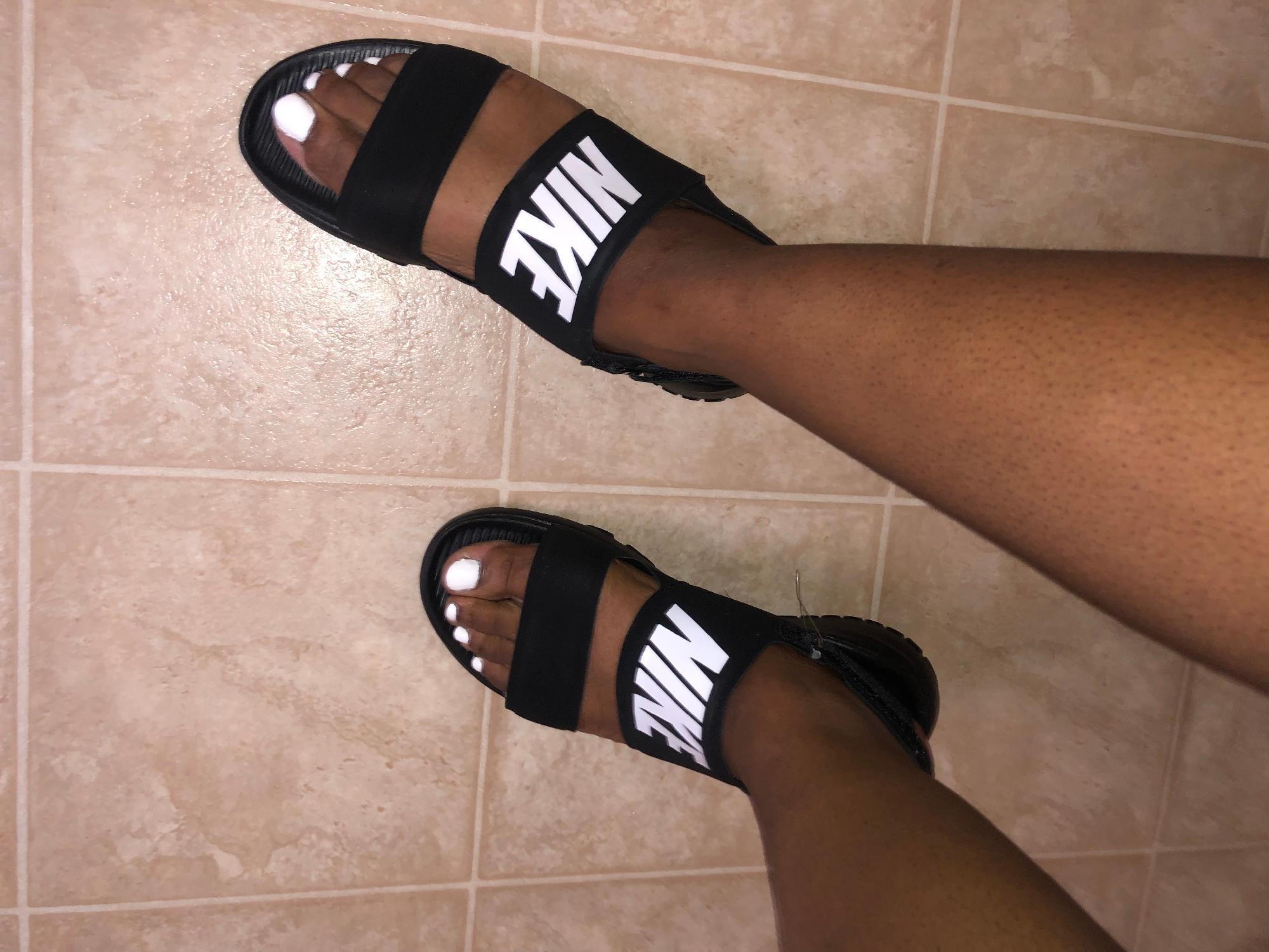nike women's sandals tanjun Shop