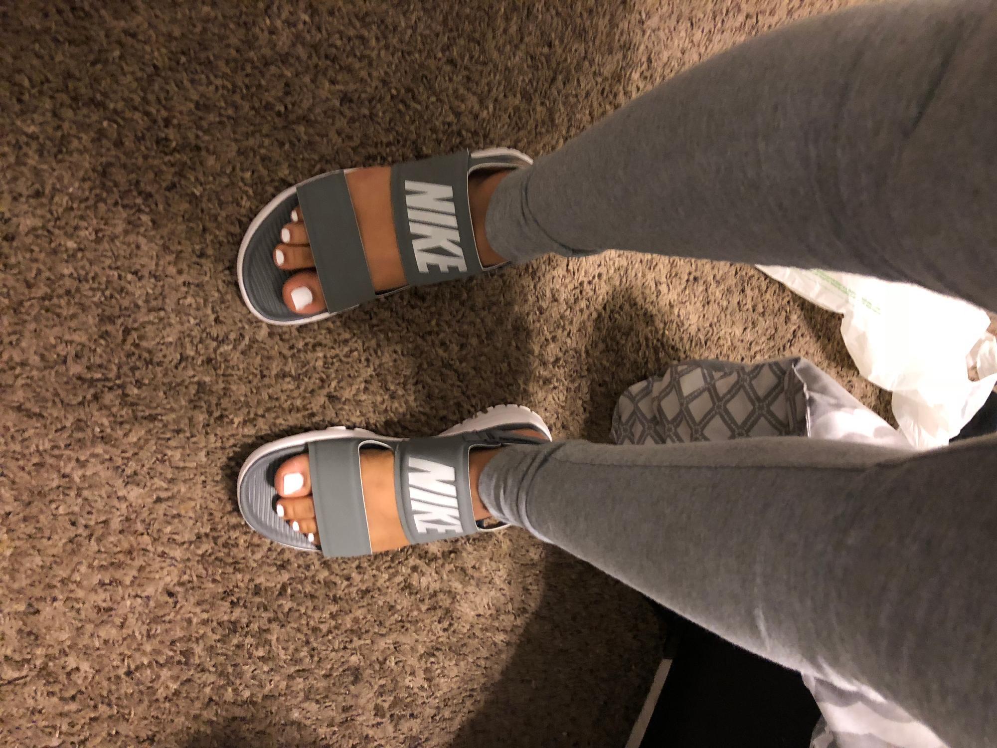 nike tanjun athletic sandals