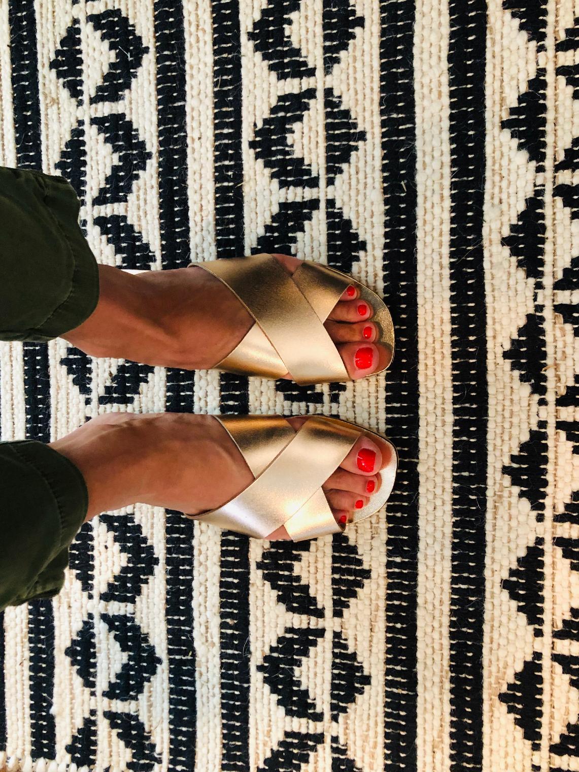 Seychelles Total Relaxation Womens Sandal 6 B M US Rose Gold