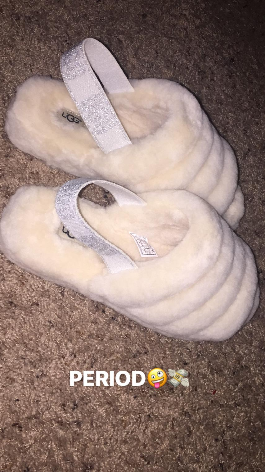 8d582792aedb UGG Fluff Yeah Slide Reviews | Zappos.com