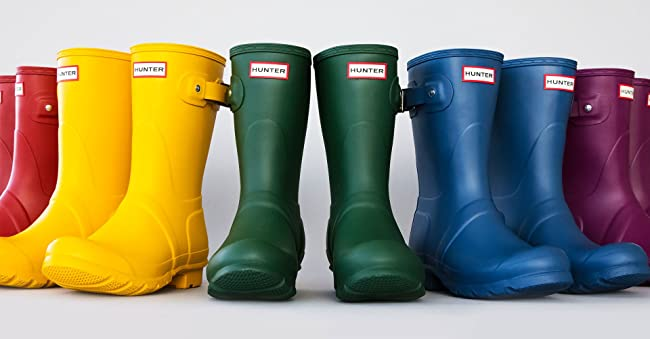 Image linking to rain boots.