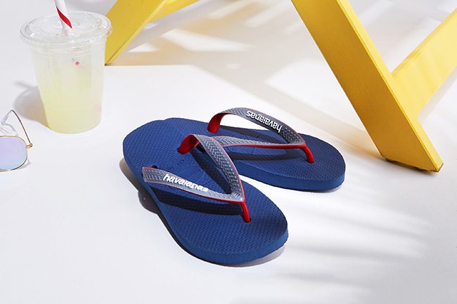 image link to shop kids sandals