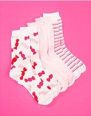 Socks. Image of womens socks.