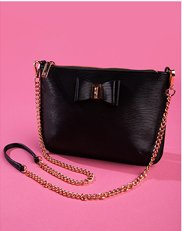 Evening Bags. Image of a black dress handbag.