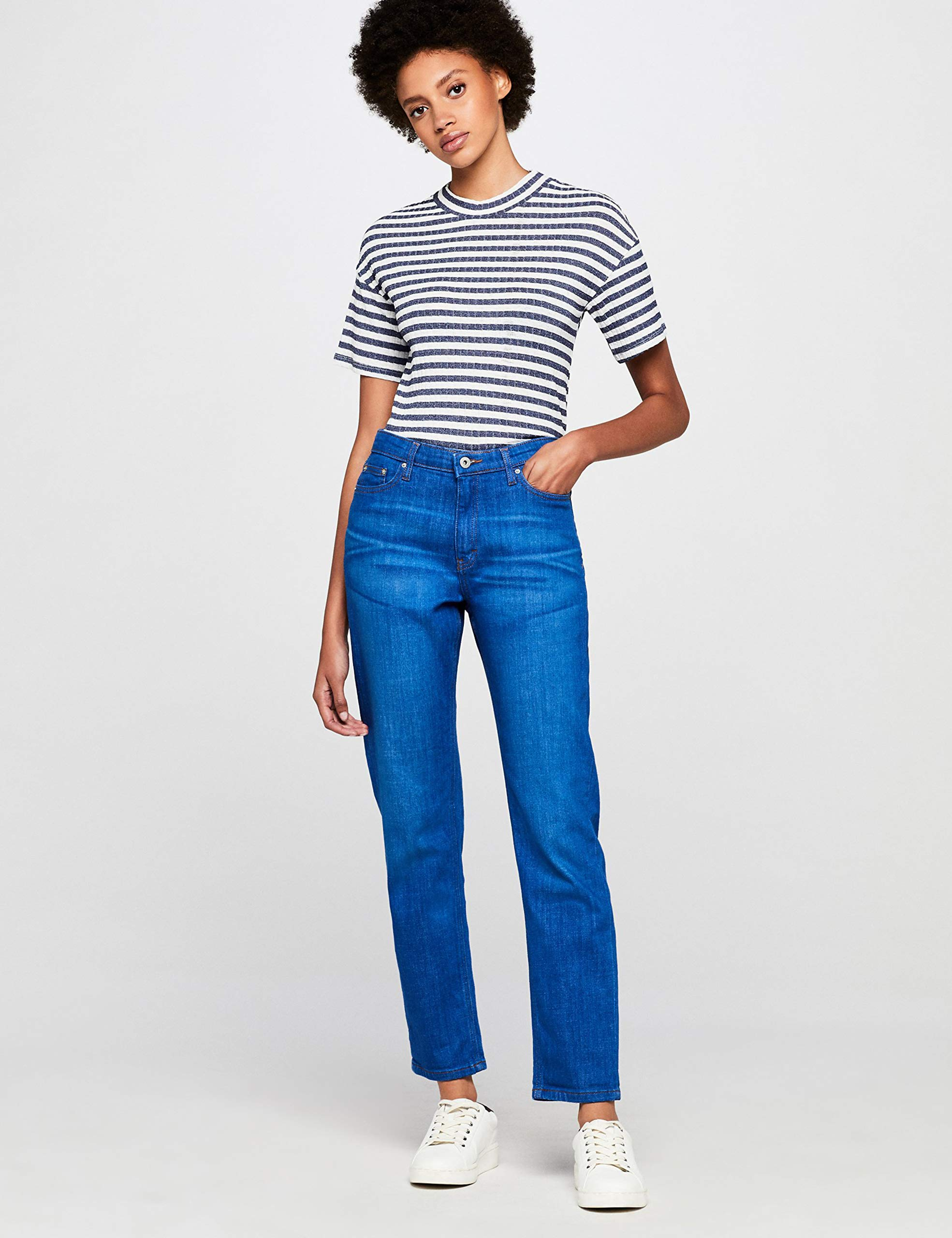 Find boyfriend jeans for women